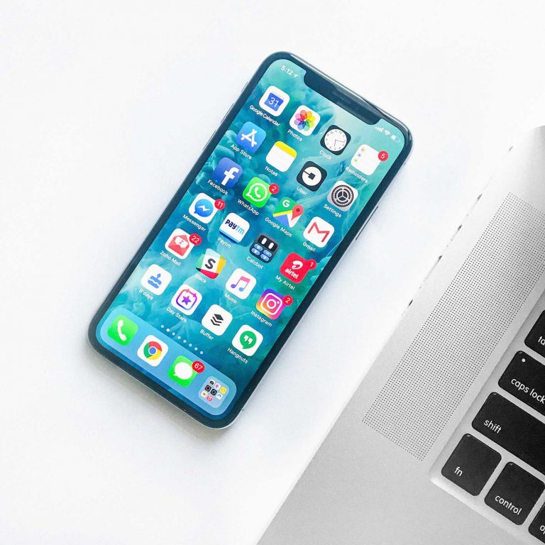 social-media-iphone-application