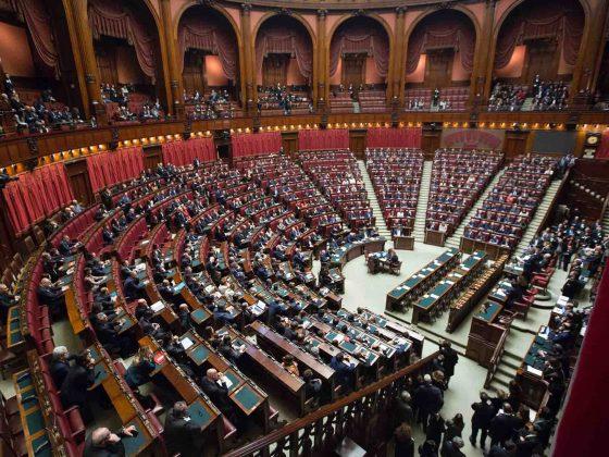 loi-numérique-macron-gouvernement-senat